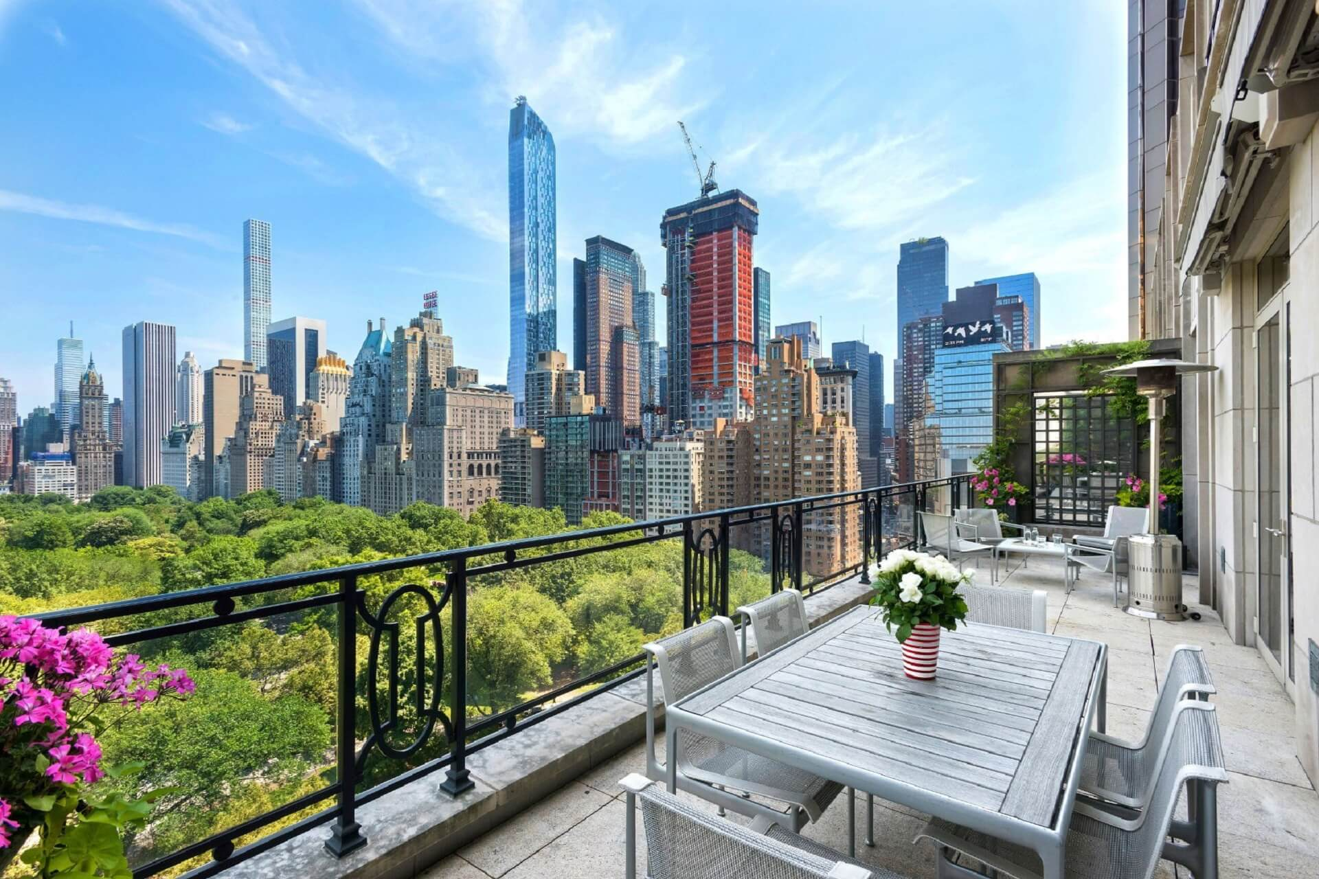 15 Central Park West - The Most Powerful And Luxurious Address In The World