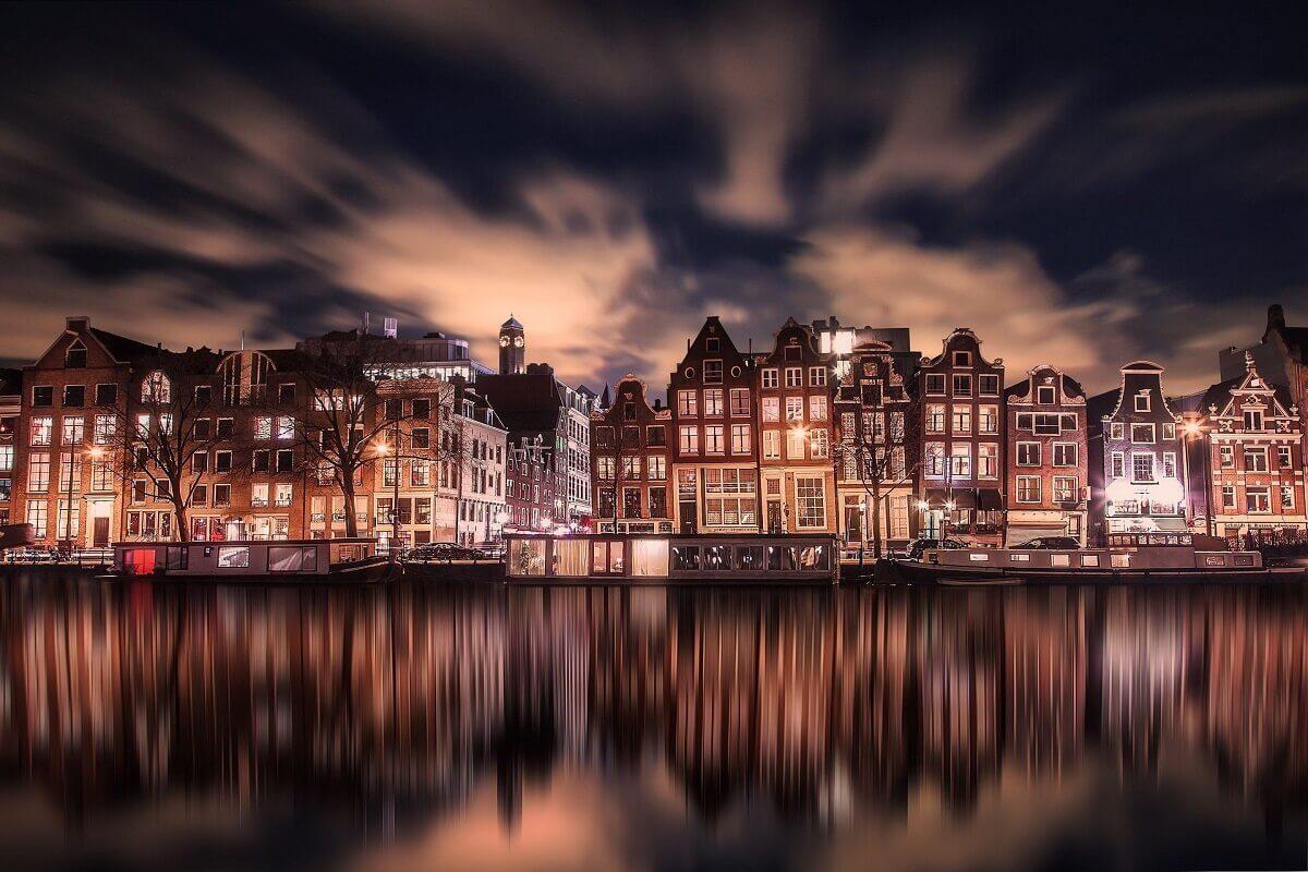 Amsterdam-10-most-romantic-destinations