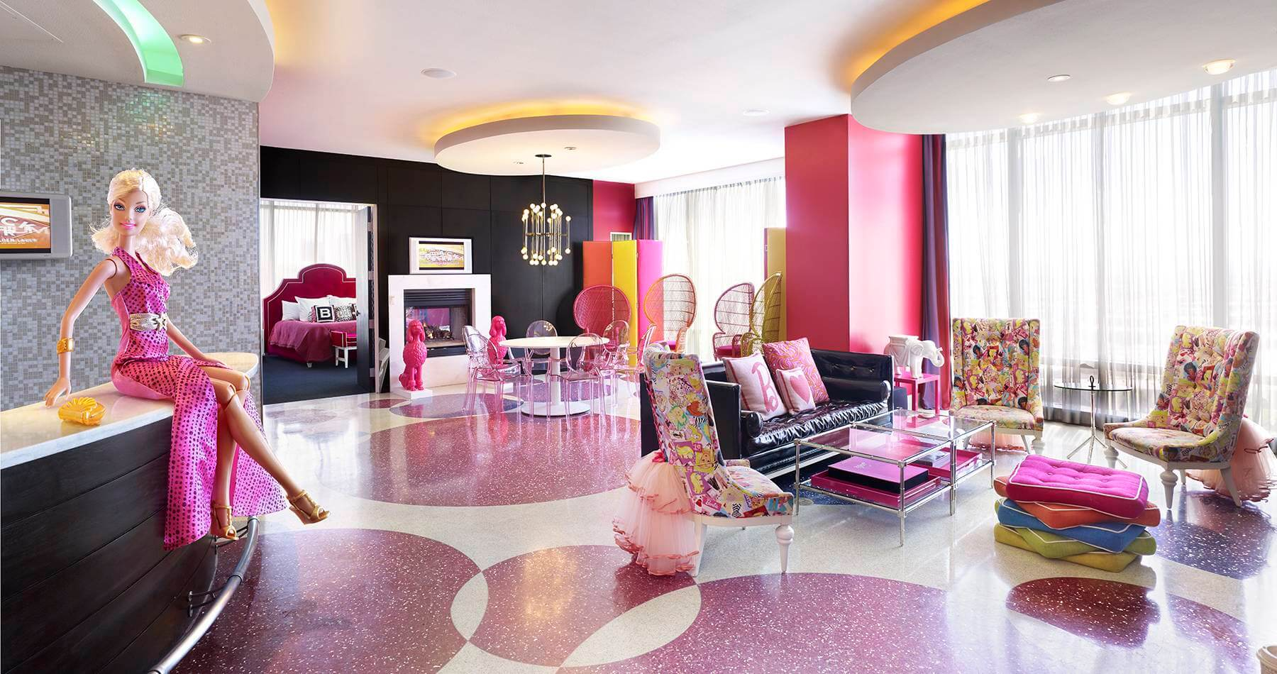 Barbie-hotel-suite-Las-Vegas