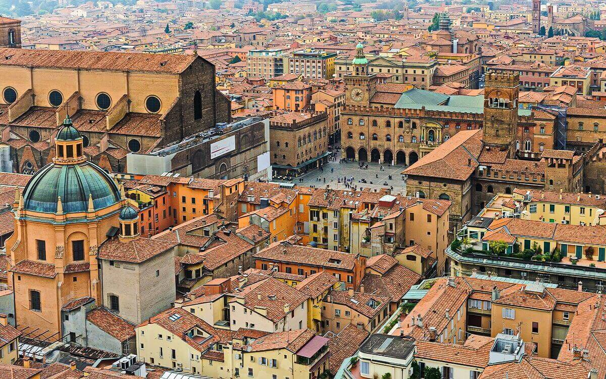 Bologna-Italy-alternative-destination-in-Europe