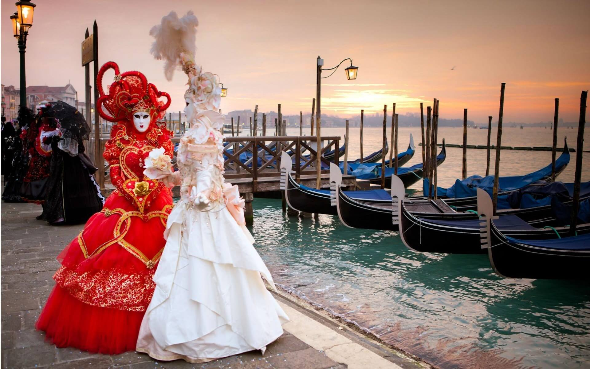 Carnival in Venice, Italy - How to spend the perfect weekend in Venice