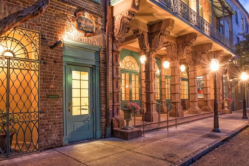 Charleston-Walking-Tour-Dock-street-theater