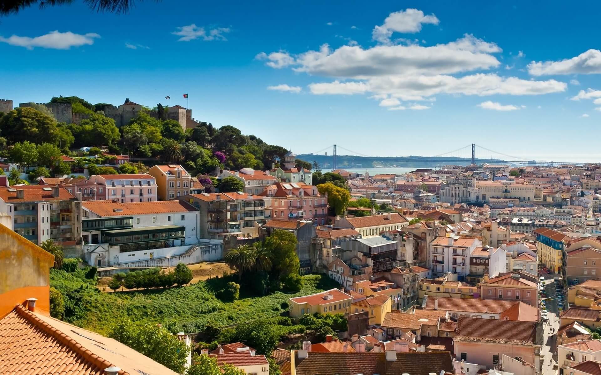 Lisbon - Cities Where Art Lives