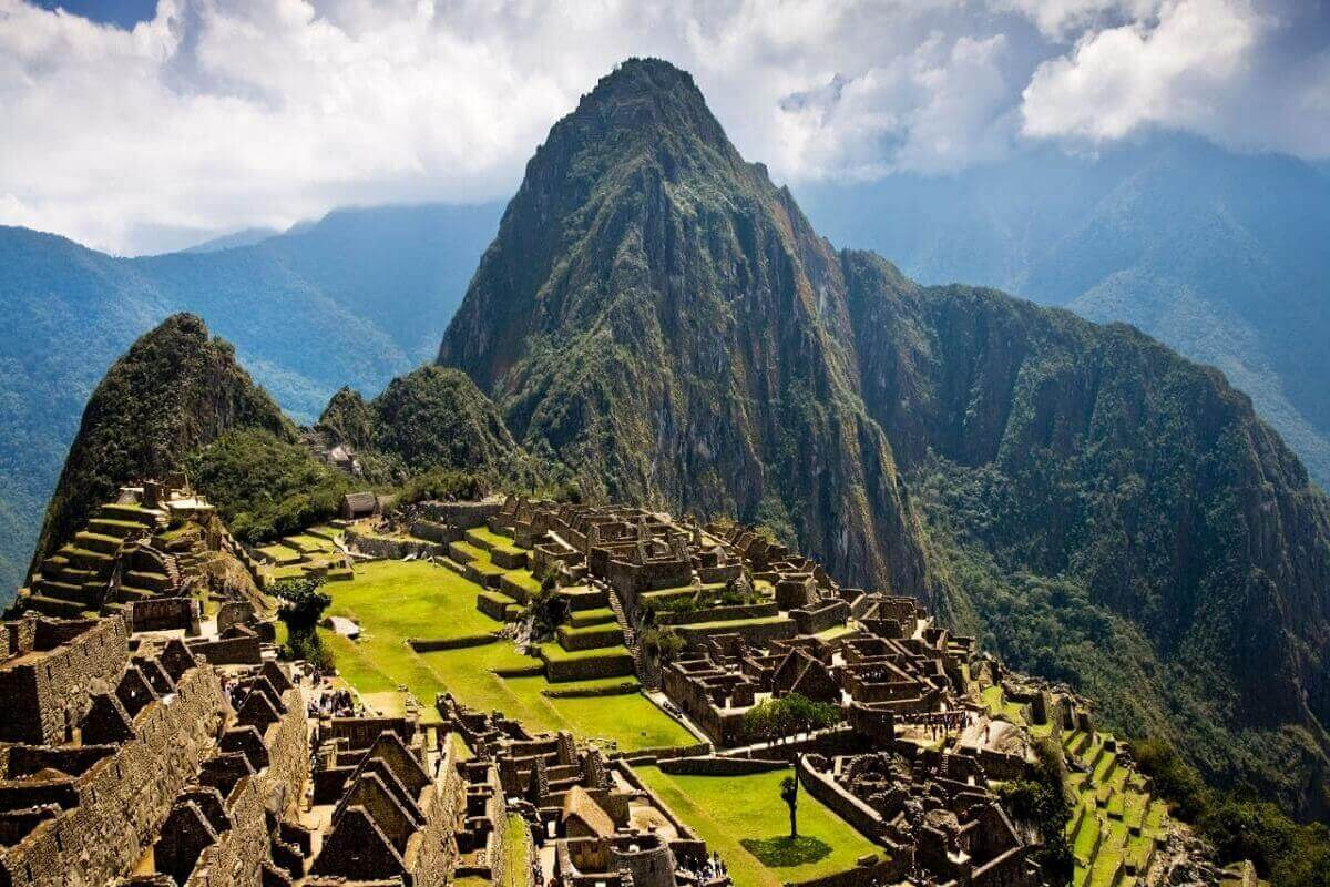 Machu-Picchu-Peru-Lost-ancient-cities