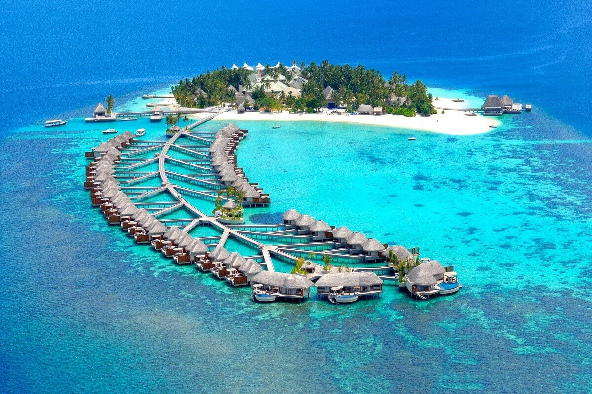 Maldive-Islands-beach