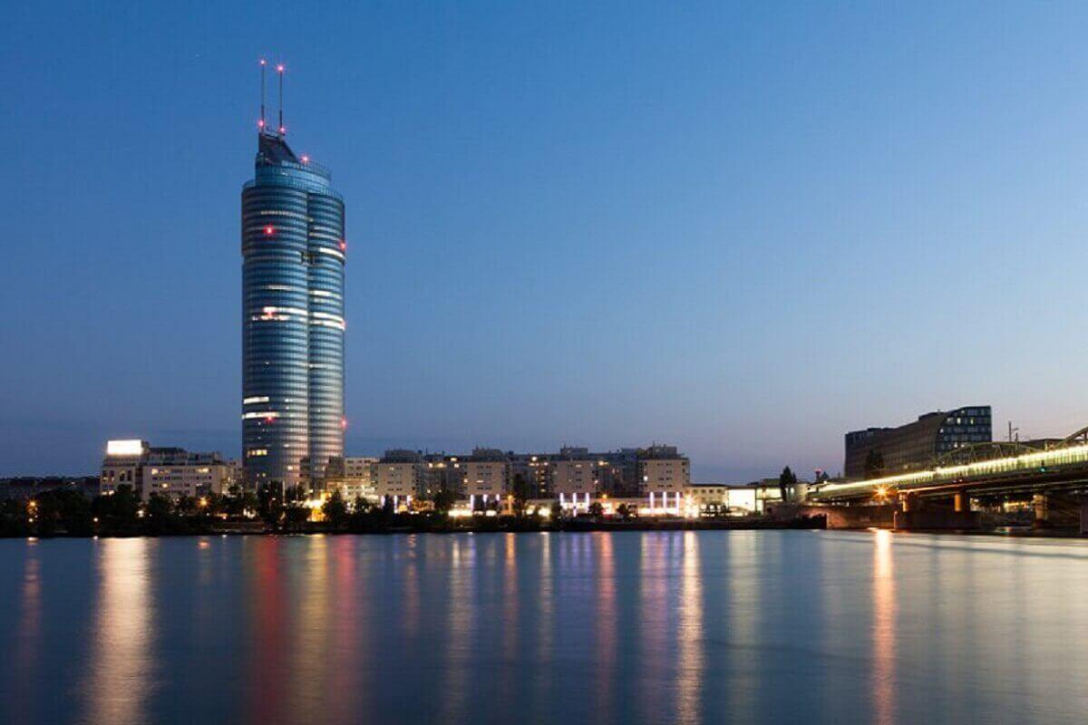 Millennium-tower-Vienna-Austria