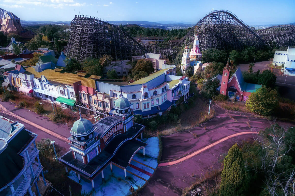 Nara Dreamland - Abandoned places that were once very lively