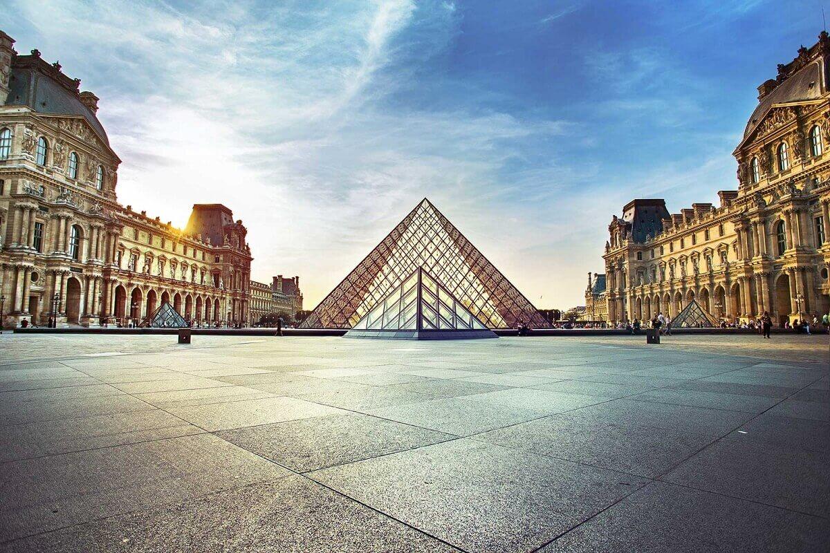 Paris- How to save money