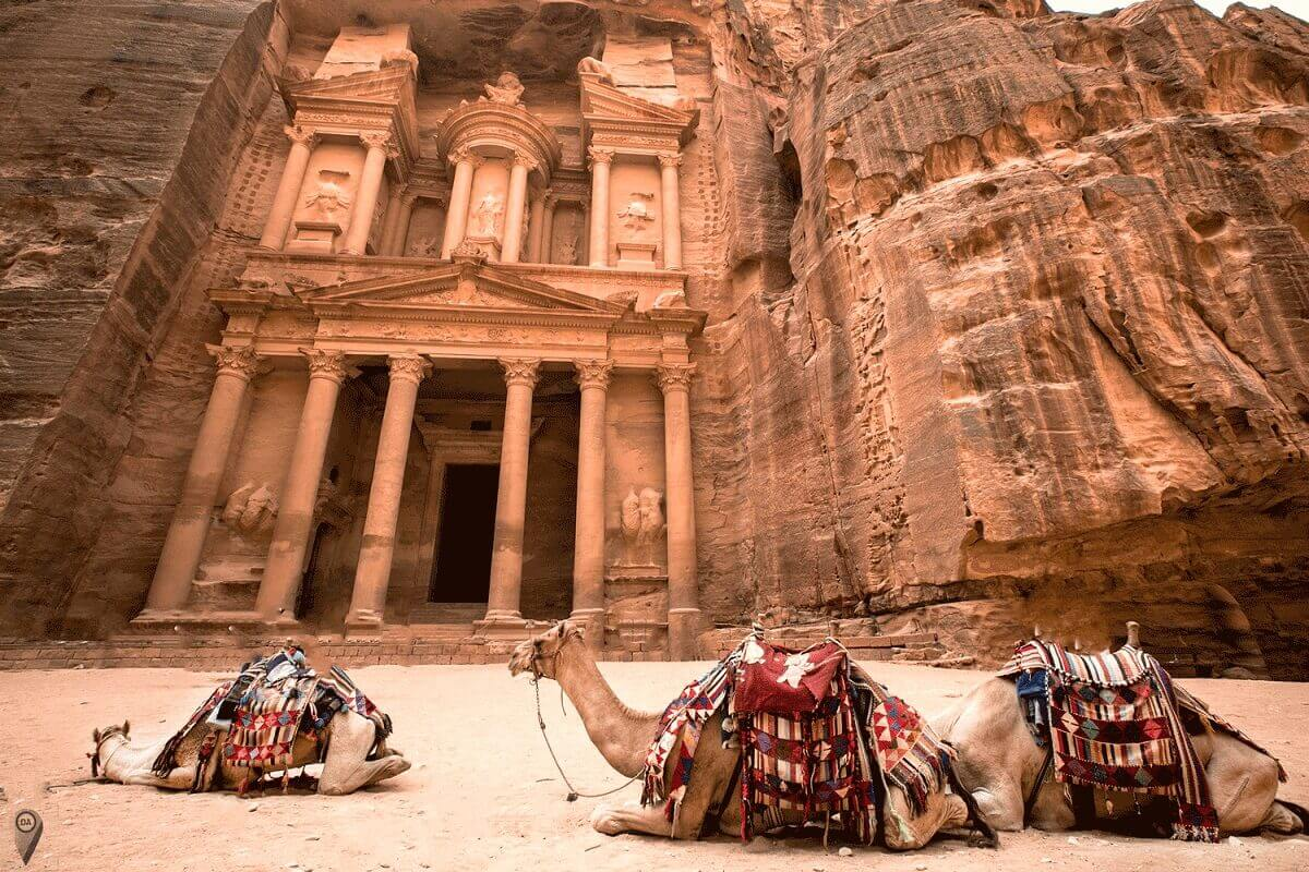 Petra-Jordan-Lost-ancient-cities