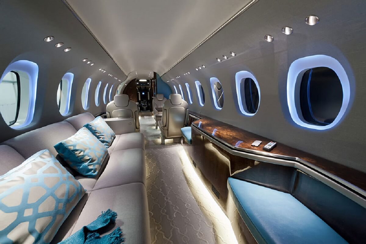Private-jet-971-000-dollars