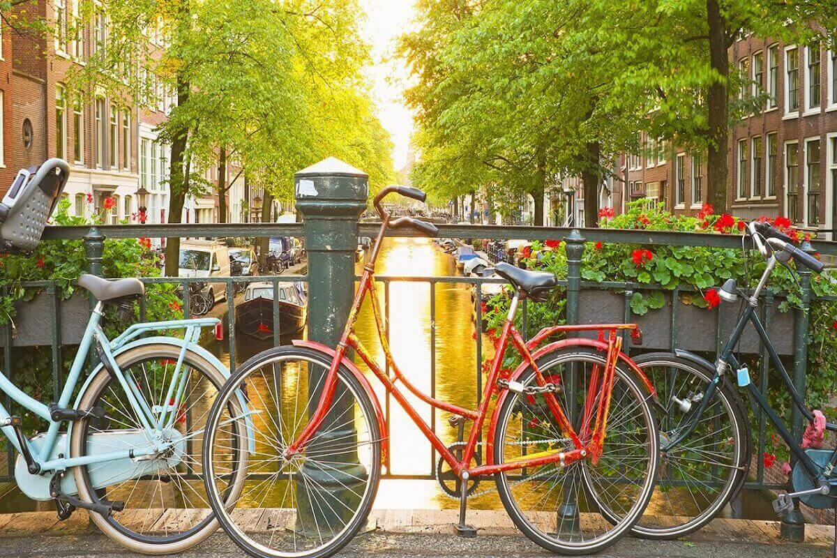 Rent-a-bicycle.-Amsterdam