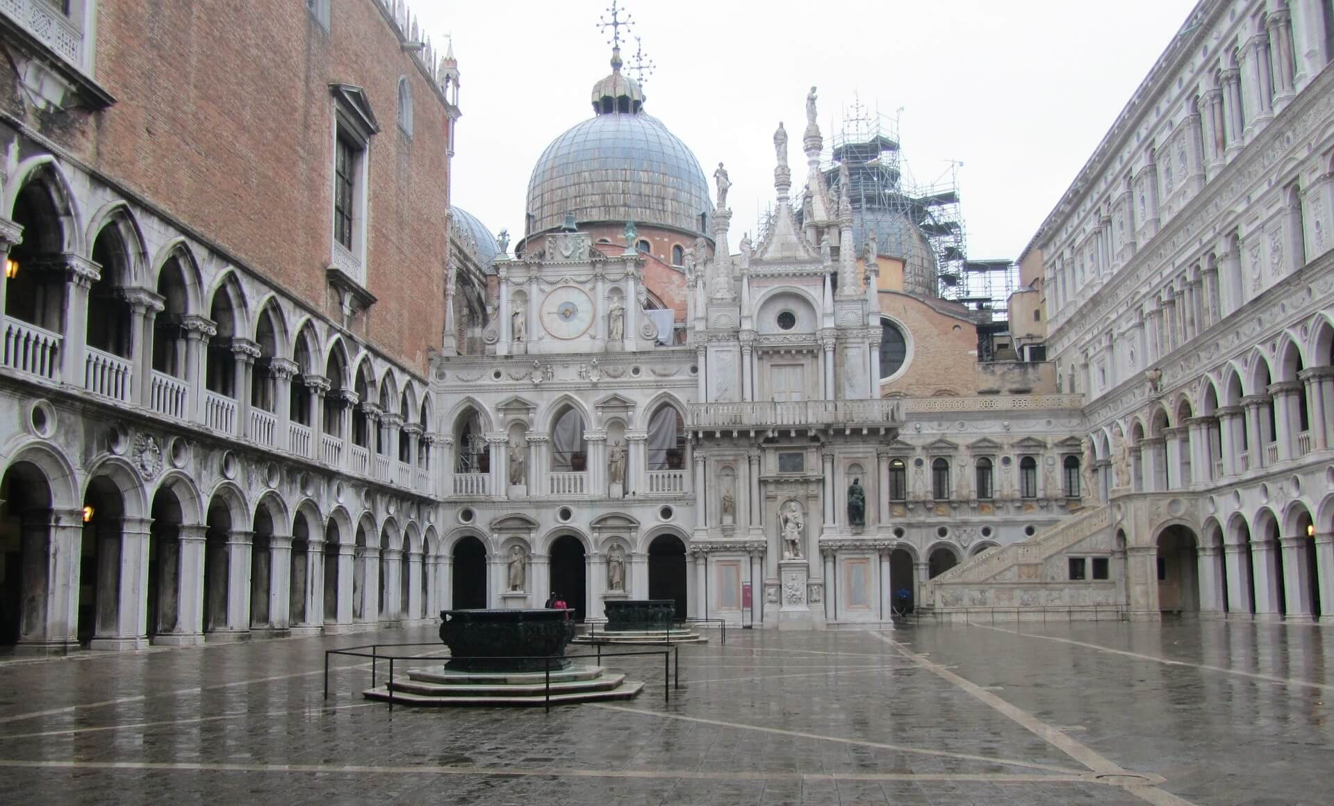 St. Mark's Church in Venice - How to spend the perfect weekend in Venice