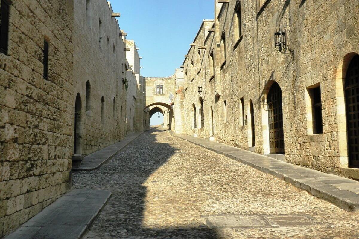 Street-of-the-Knights-Rhodes