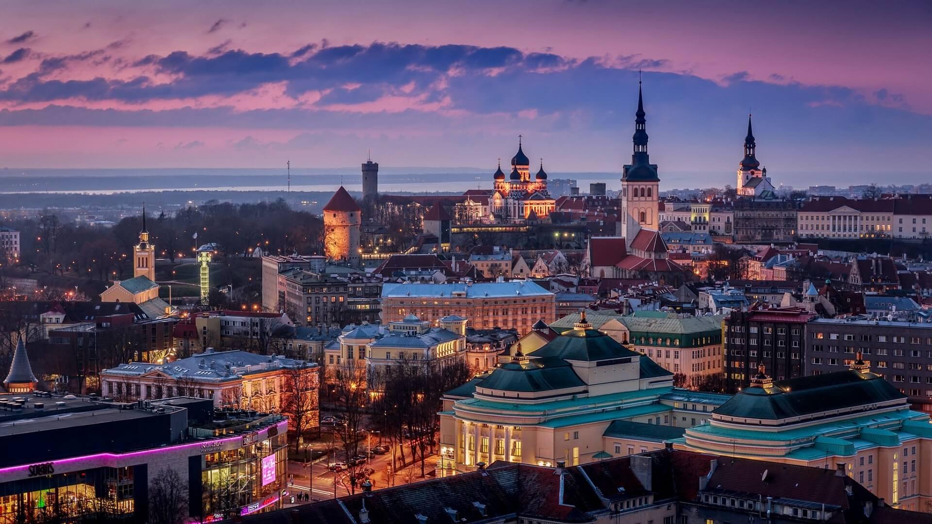 Tallinn - Pearls of the Baltic