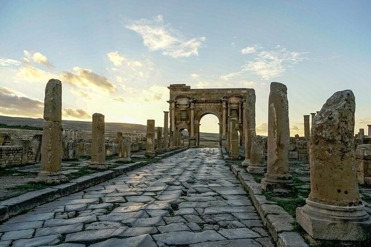 Timgad-Algeria-Lost-ancient-cities