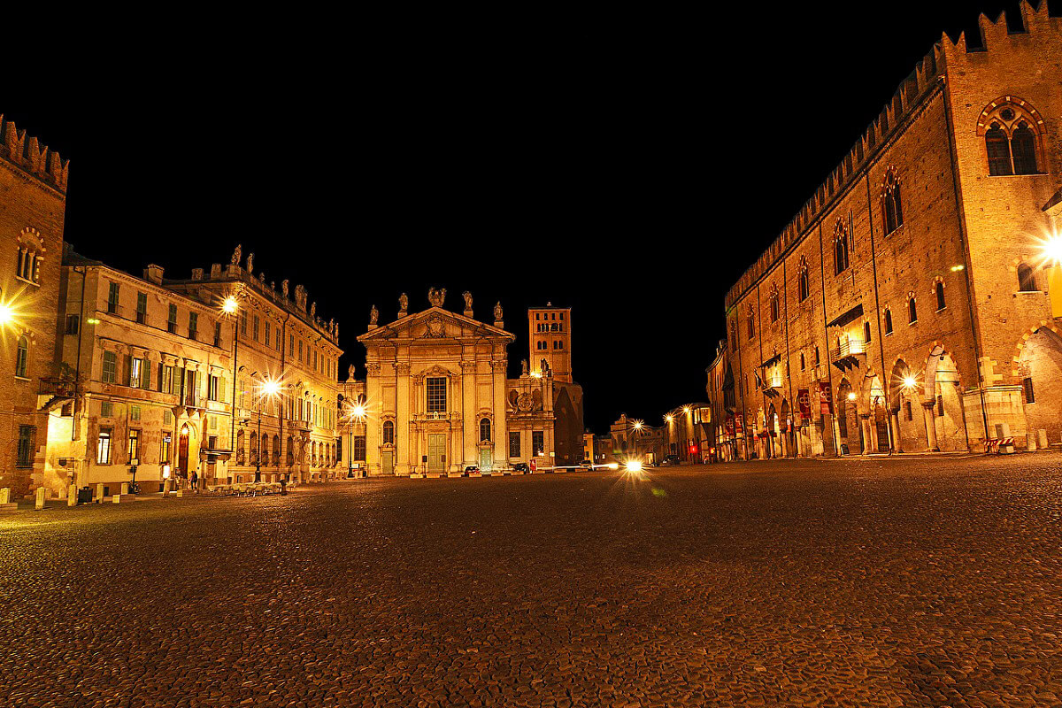 Town square in Mantua