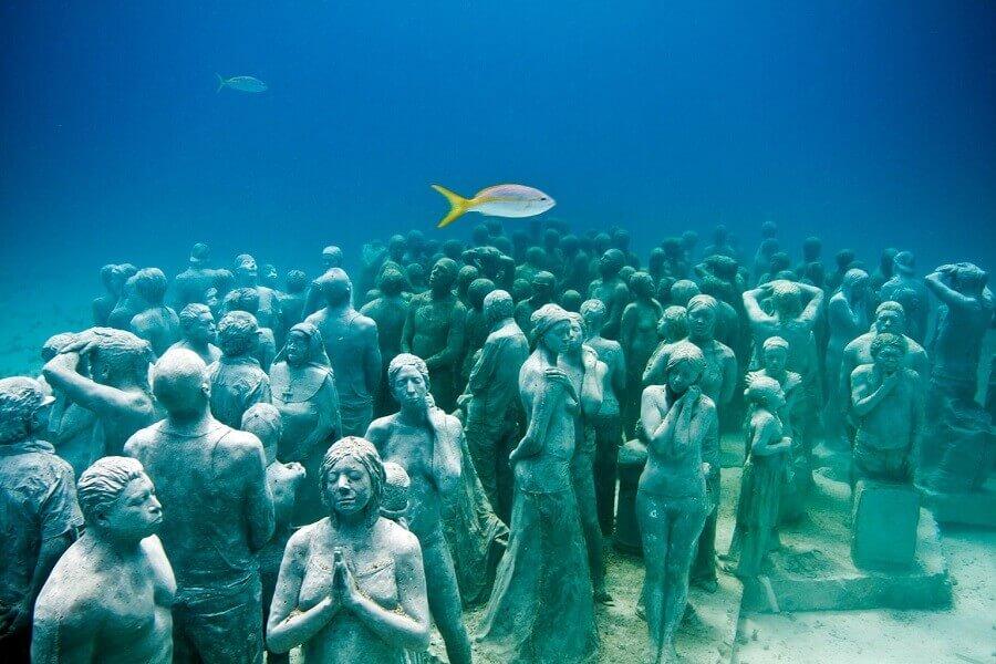 Underwater-museumCancunMexico