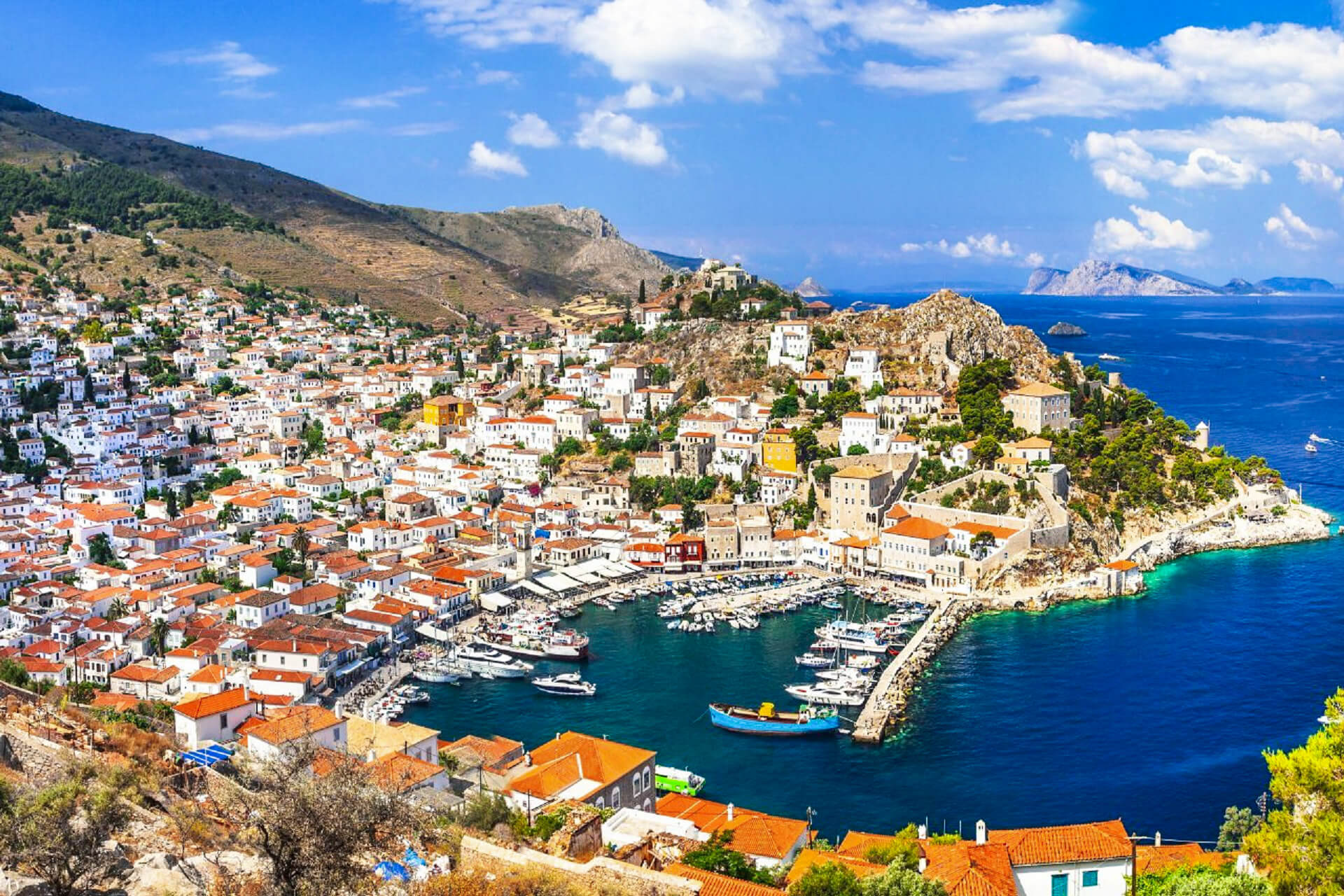 The island of HYDRA is the best for art lovers